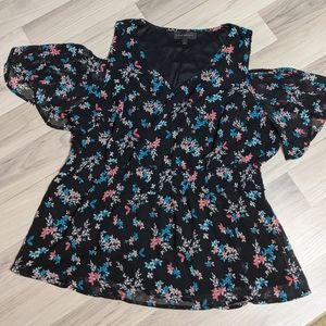 Lane Bryant Floral Cold Shoulder Top Size 16